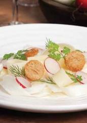 Salade van rauwe asperges met Olde Remeker